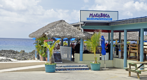 Macabuca bar