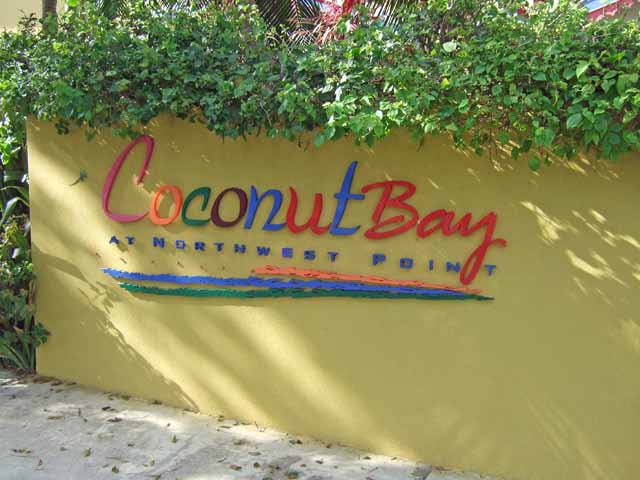 Coconut Bay - The sign by the entrance