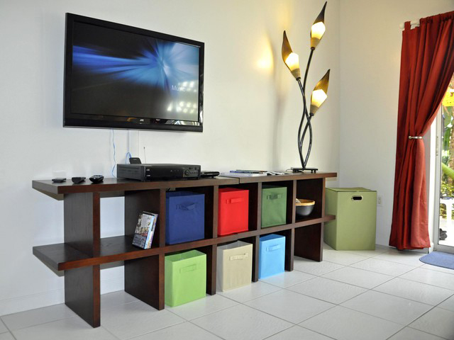 CocoCondo - Living Room Entertainment Centre